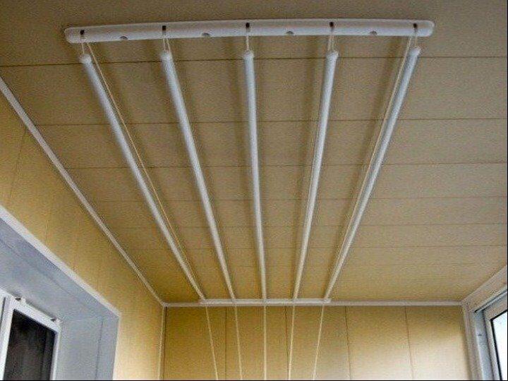 """Балконная сушилка для белья от компании """"домокон""""."""
